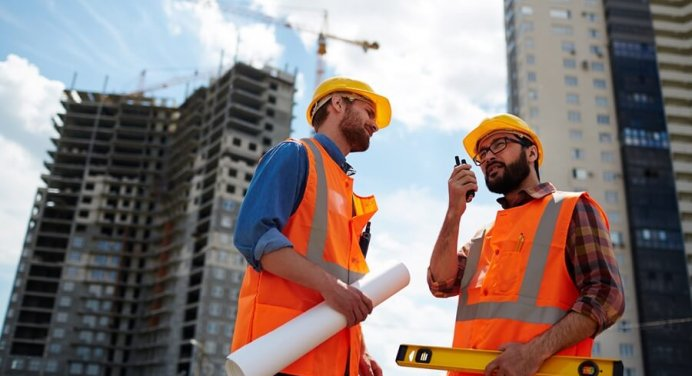 What Is A Commercial Contractor And What do They Do?
